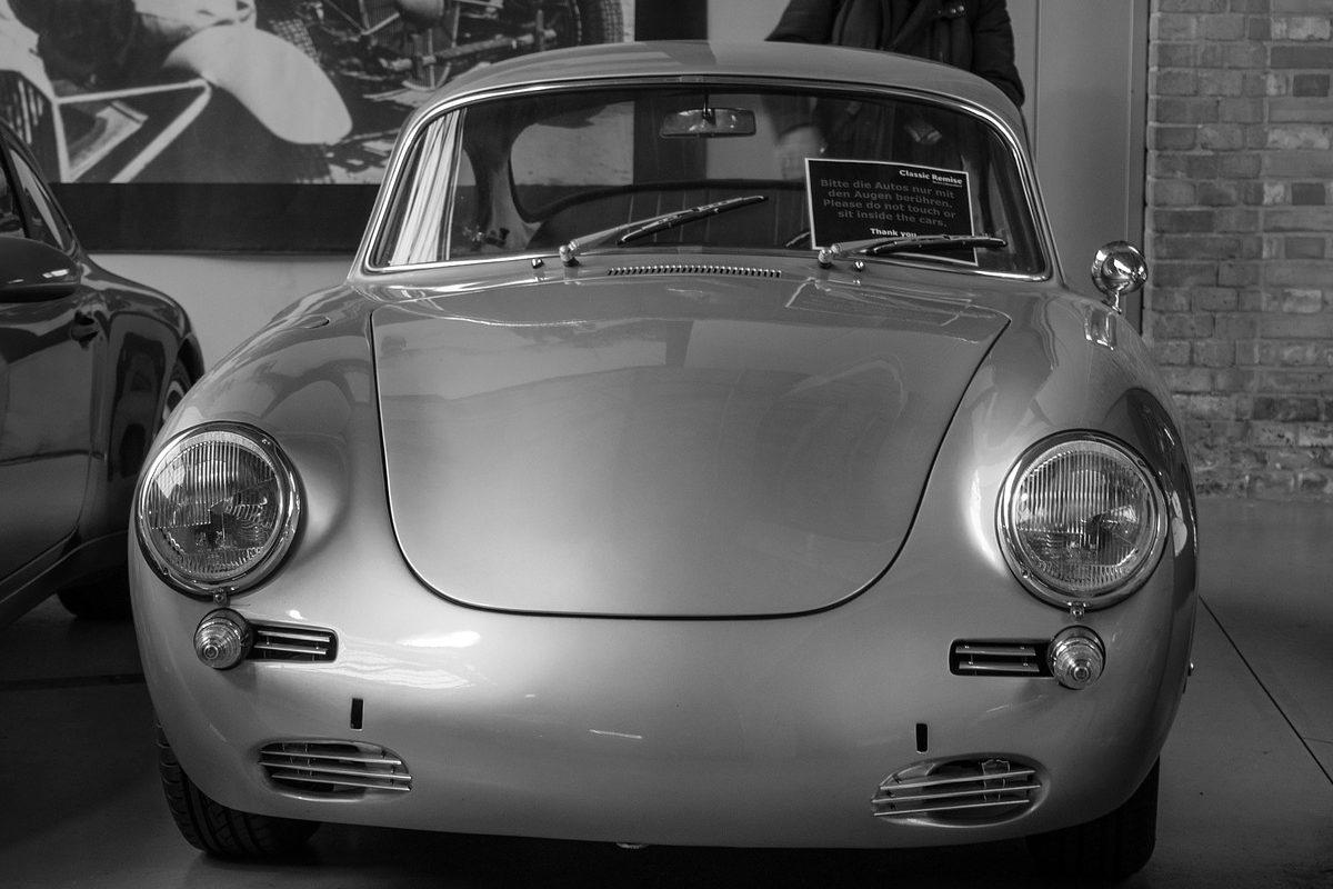 https://www.classictracker.com.au/wp-content/uploads/2016/04/classic-vehicles-e1521863003785-1200x800.jpg