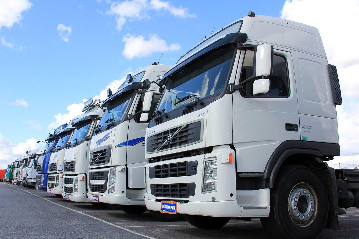 https://www.classictracker.com.au/wp-content/uploads/2016/04/truck-fleet-e1521863390421-1200x800.jpg